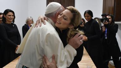 Photo of La primera dama visitó al Papa Francisco