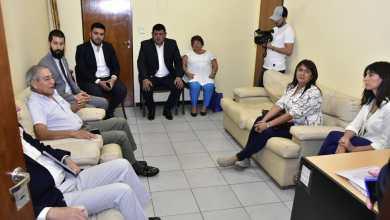 Photo of Se dio la primera reunión entre docentes y el gobierno luego del paro