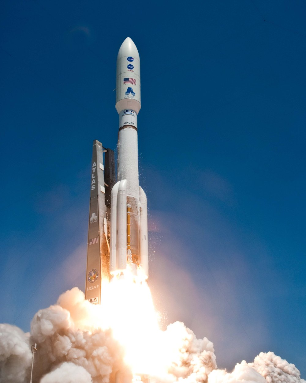 Launch of Atlas V Juno from Cape Canaveral AFS