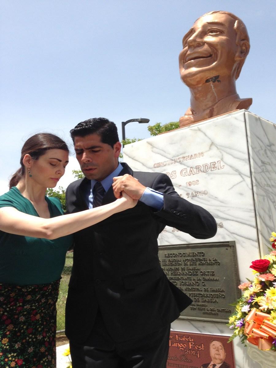 Monumento Gardel Isabela