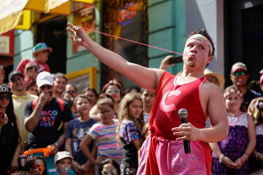 02/25/17 San Juan ,PR--Circo Fest 2017. El payaso Chicle. Foto: Laura Magruder.