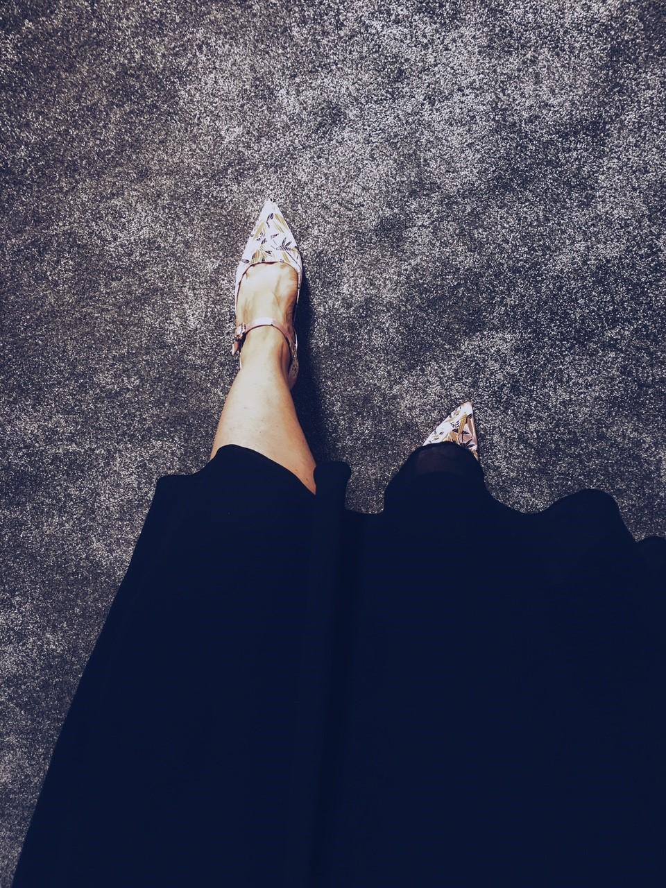 zara pink shoes