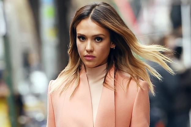 20 Cele mai frumoase femei din lume 5
