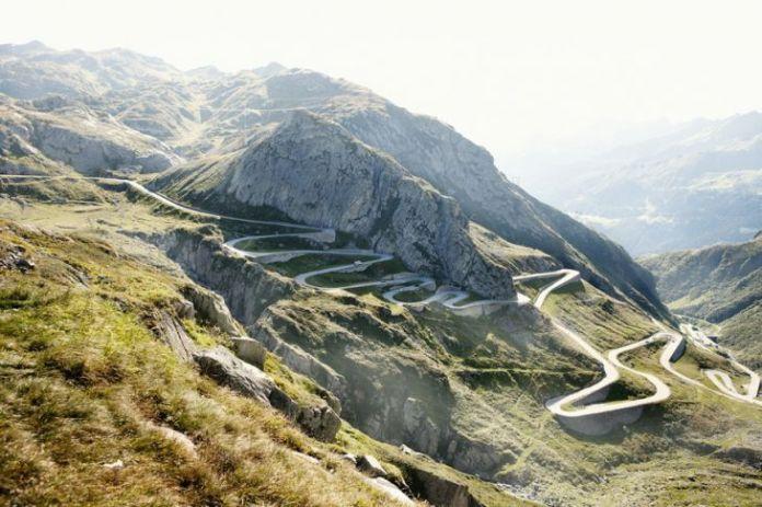 15 dintre cele mai periculoase drumuri din lume 14