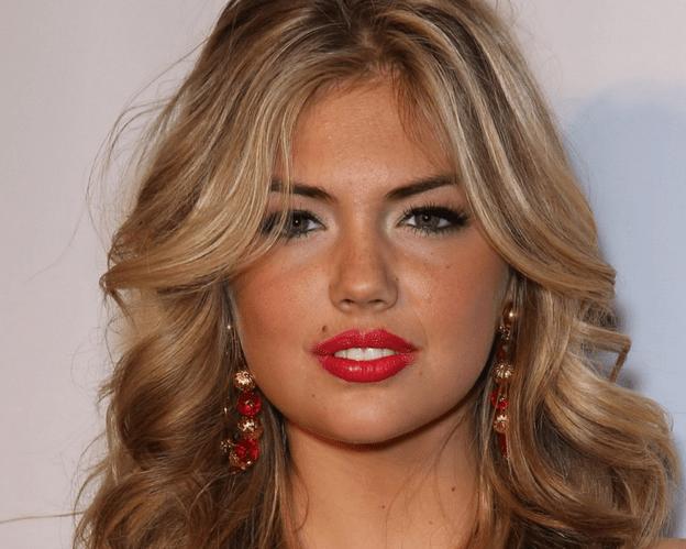 20 Cele mai frumoase femei din lume 16