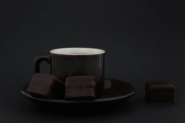 bitter-chocolate-230307_1920