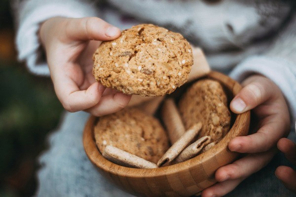 cookies-2345439_1920