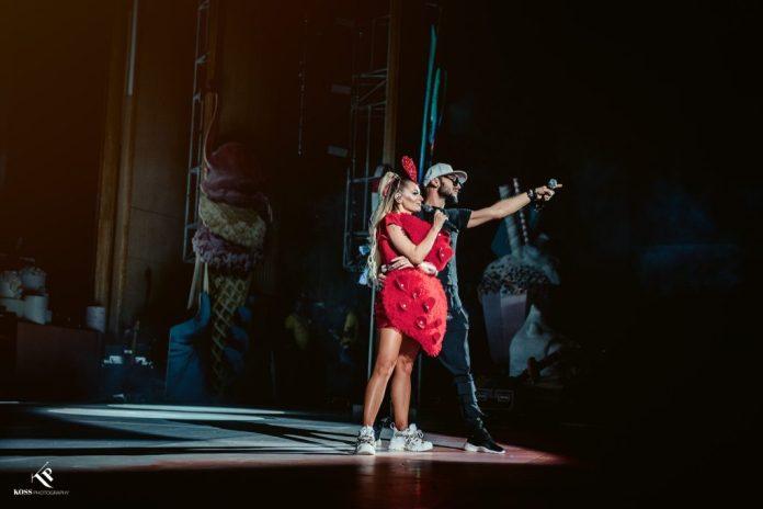 """Delia a cântat suspendată la o înălțime de 7 metri în prima seară a show-ului """"Acadelia"""" 5"""