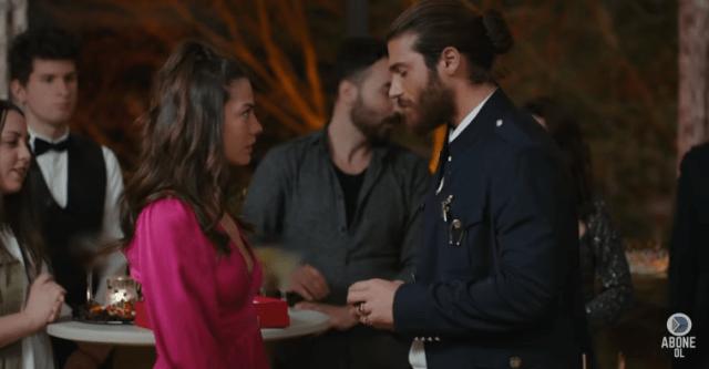 Vis de iubire-comedie romantică cu Can Yaman şi Demet Ozdemir-Video 3 4