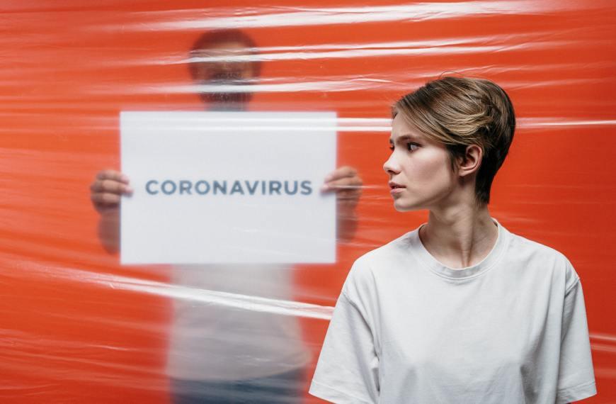 COVID-19 poate crea accident vascular cerebral la adulții tineri.Este avertismentul medicilor din New York.