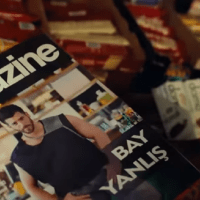Can Yaman și Özge Gürel în'Mr. Wrong' (Bay Yanlis). A fost lansat primul episod