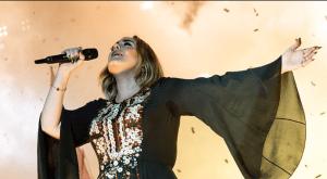 """Managerul lui Adele """"și-a plătit 10 milioane de lire anul trecut"""", în ciuda cântăreței care nu a lansat nicio piesă"""