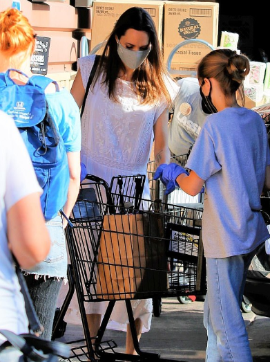 Angelina Jolie spotted for the first time in months as the actress masks up for LA shopping trip with daughter Vivienne, 11 5