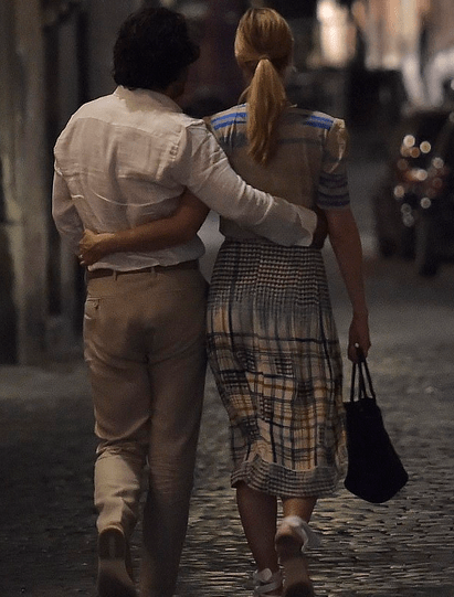 Poldark star Aidan Turner and actress girlfriend Caitlin FitzGerald enjoy a romantic dinner in Rome 6
