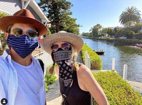Michelle Pfeiffer, 62, selfie as she soaks up the sun at LA home 3