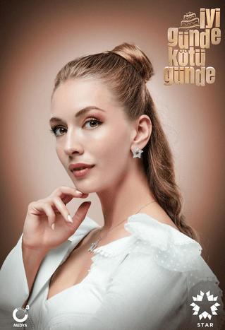 İyi Günde Kötü Günde (Zile bune, zile rele)-un nou serial turcesc lansat în 2020.În rolurile principale, Elçin Sangu, Yasemin Allen și Ozan Dolunay 5