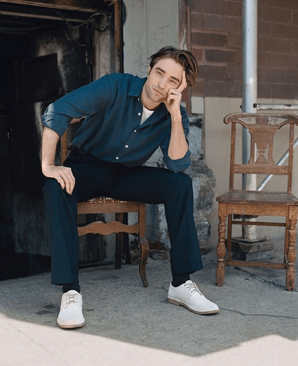 'Batman' star Robert Pattinson tests positive for COVID-19 6