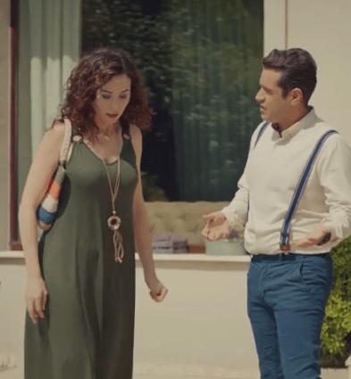 Episodul 11 din Sen Çal Kapımı (Bate la ușa mea) cu Hande Erçel și Kerem Bürsin. Secvențe Video 18