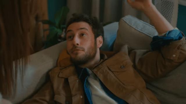 İyi Günde Kötü Günde (Zile bune, zile rele) Episodul 5 cu Elçin Sangu,Yasemin Allen și Ozan Dolunay. Secvențe Video 16