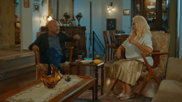 İyi Günde Kötü Günde (Zile bune, zile rele) Episodul 5 cu Elçin Sangu,Yasemin Allen și Ozan Dolunay. Secvențe Video 15