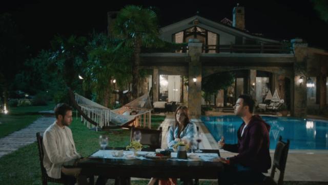 İyi Günde Kötü Günde (Zile bune, zile rele) Episodul 4 cu Elçin Sangu,Yasemin Allen și Ozan Dolunay. Secvențe Video 24