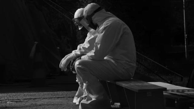 Actorul Benedict Cumberbatch, alături de artişti români, prezintă în proiecţii uriaşe lupta medicilor români cu virusul ucigaş 15