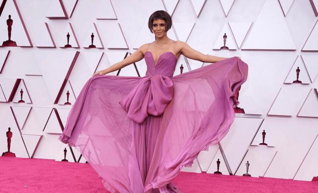 Covorul roșu Premiile Oscar 2021: cele mai bine îmbrăcate vedete 13