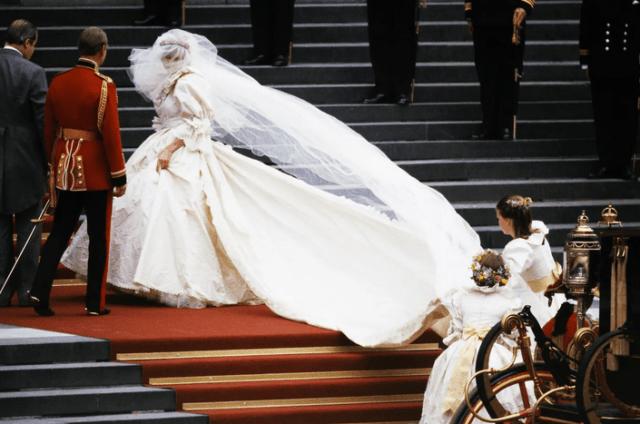 wendding dress