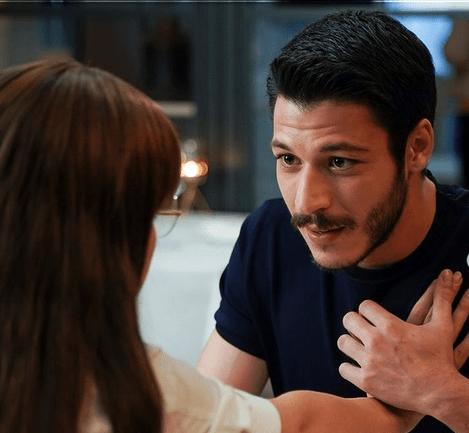 Cam Tavanlar sau Plafoane de sticlă: un nou serial turcesc romantic în 2021 6