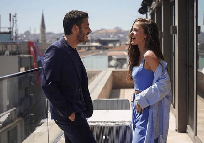 Cam Tavanlar sau Plafoane de sticlă: un nou serial turcesc romantic în 2021