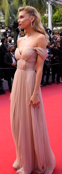 Stella Maxwell, Festivalul de Film de la Cannes 2021