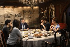 Acı Aşk (Iubire amară): serial turcesc dramă, romantic (VIDEO)