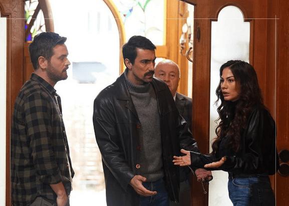 Actorul İbrahim Çelikkol într-o ipostază romantică alături de soție 3