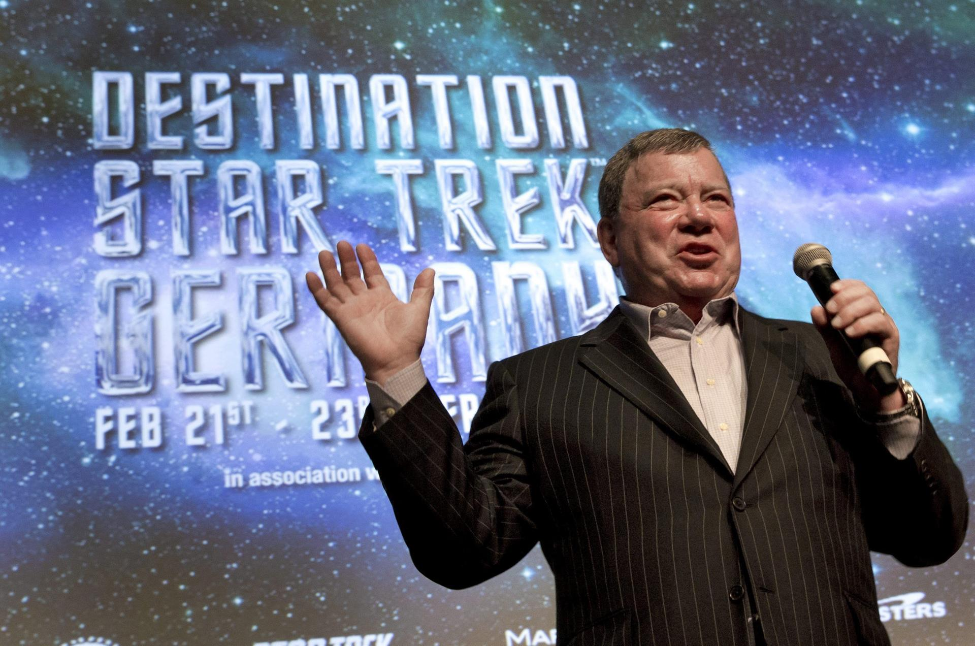 'Captain Kirk' Star William Shatner Travels to Space Aged 90 - El American