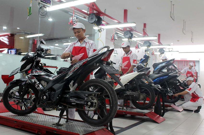 Kesiapan Mekanik Honda Melayani Motor Calon Pemudik