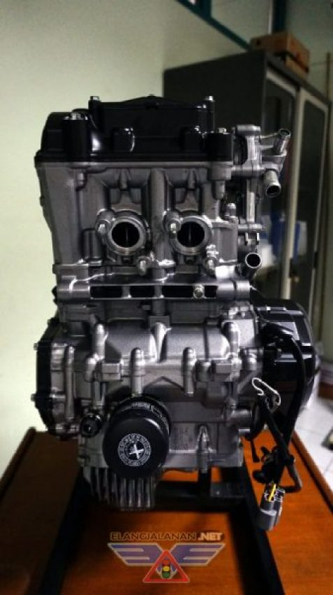 Overhaul Mesin Honda CBR250RR