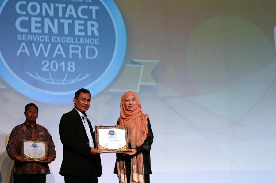 Kembali AHM Raih 4 Penghargaan Layanan Terbaik Contact Center Service Excellence Award 2018