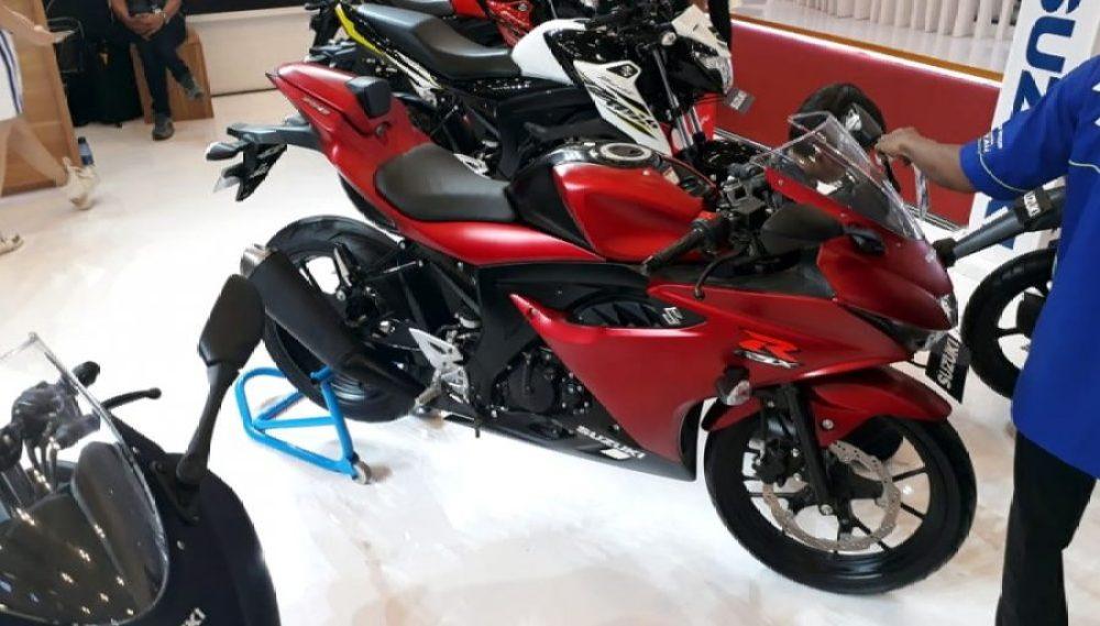 Suzuki GSX-R150 Matte Red