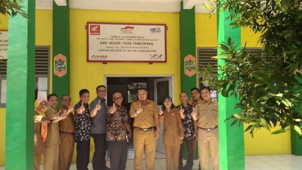 SMK Binaan sebagai Tempat Uji Kompetensi