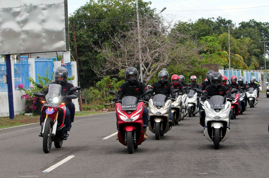 PCX Luxurious Touring Jelajahi 4 Pulau di Timur Indonesia