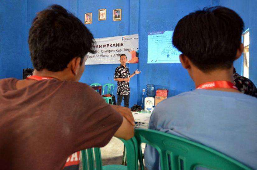 Wahana Artha Berdayakan Masyarakat Desa Cinangka