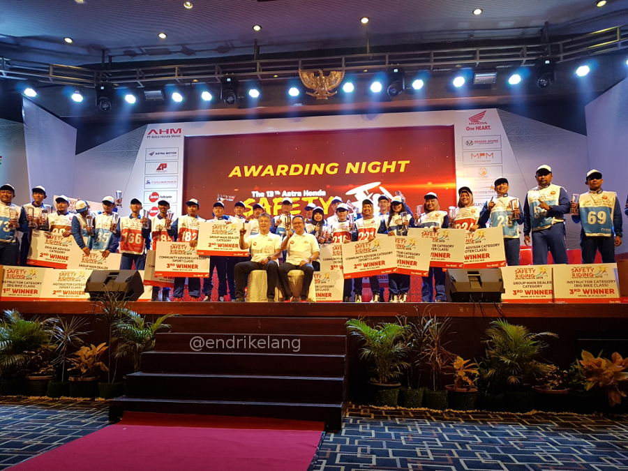 Juara Kompetisi Instruktur Safety Riding Honda