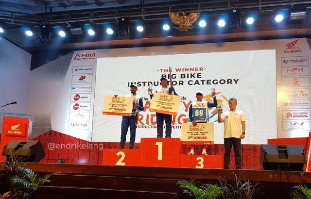 Juara Kompetisi Instruktur Safety Riding Honda