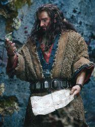 Thorin con el mapa y la llave de sus antepasados