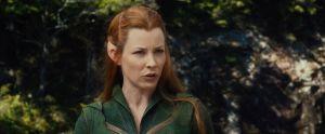 Tauriel advierte a Legolas