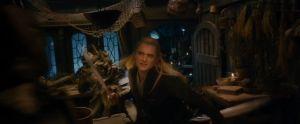 Legolas lucha con los Orcos en Esgaroth