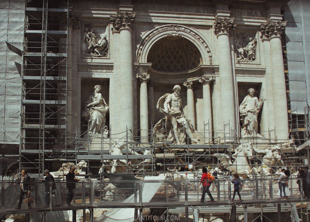 Fontana di Trevi restauración