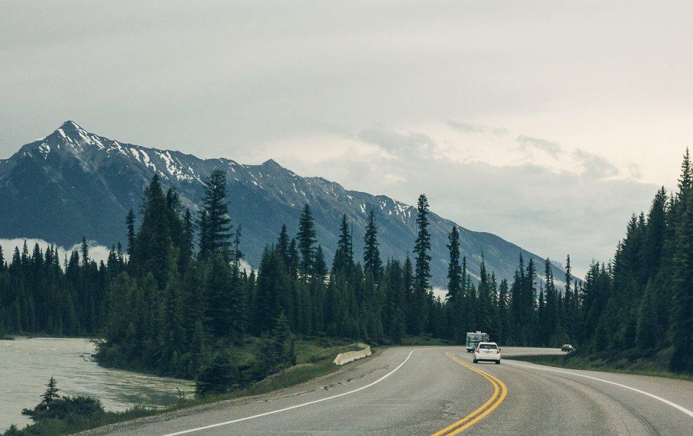 montañas rocosas canada