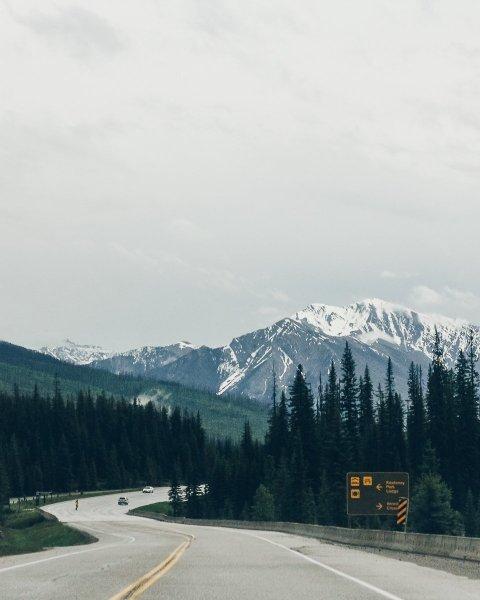 montañas rocosas canadá