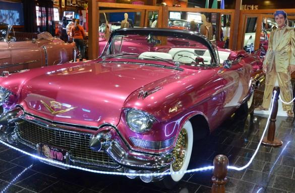 dream-cars-cadillac-rabo-peixe-585x384
